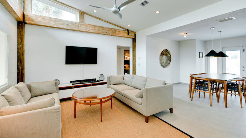 Rent Living room